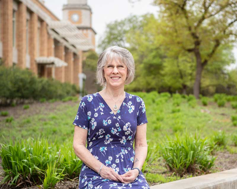 Dr. Jan Holden has a long history of supporting UNT students in need.